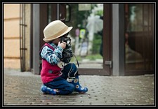 Kid-with-camera