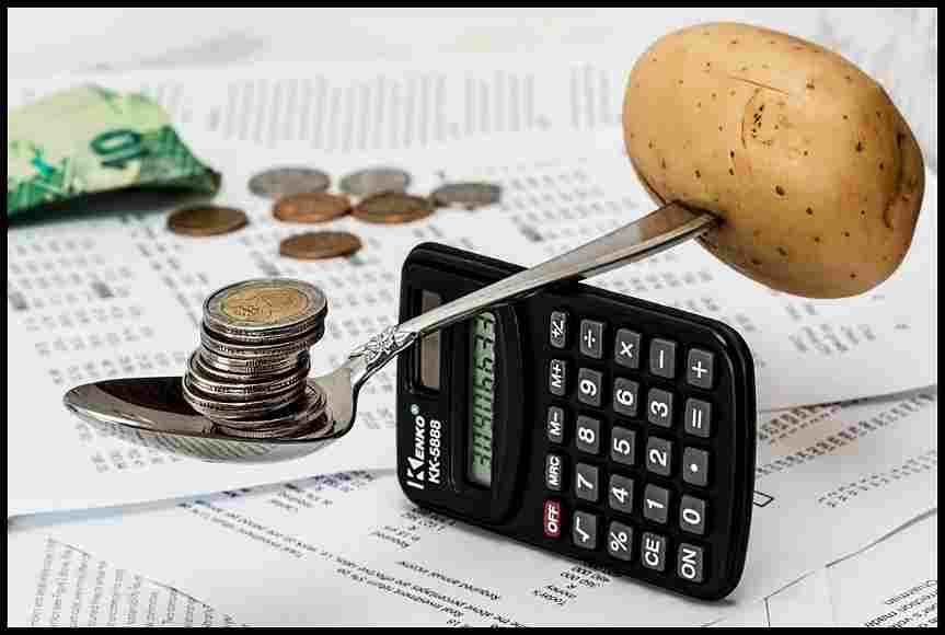 coins-and-calculator